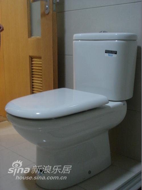 家里只有一个卫生间,小小的,拍不了全景,就一个个的拍吧图片