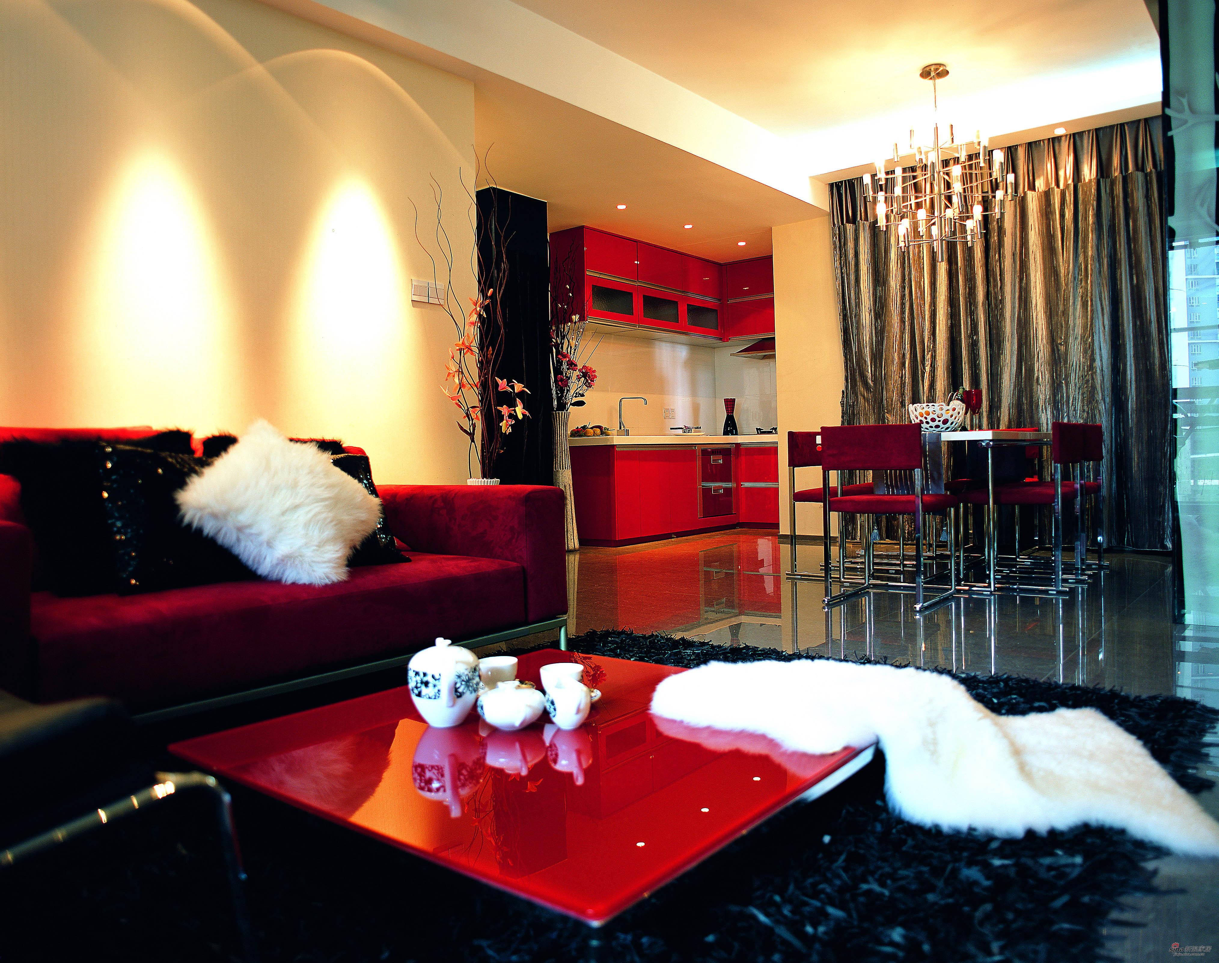 洋气的红色客厅
