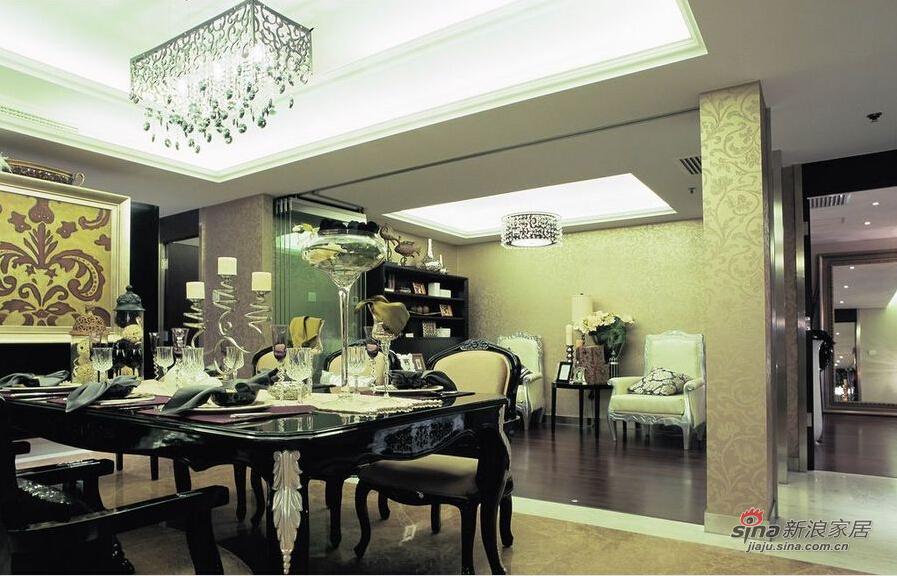 餐厅和阅读区有了空间上的互动。