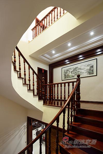 楼梯也是美美的