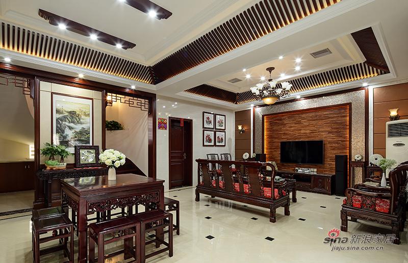客厅和餐厅