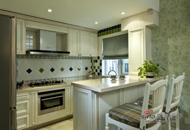 厨房和小吧台