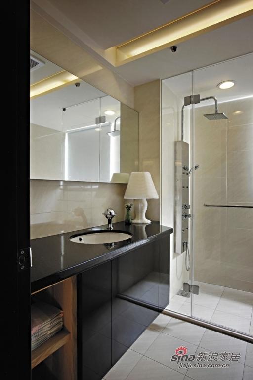 大理石洗手台的低奢卫生间