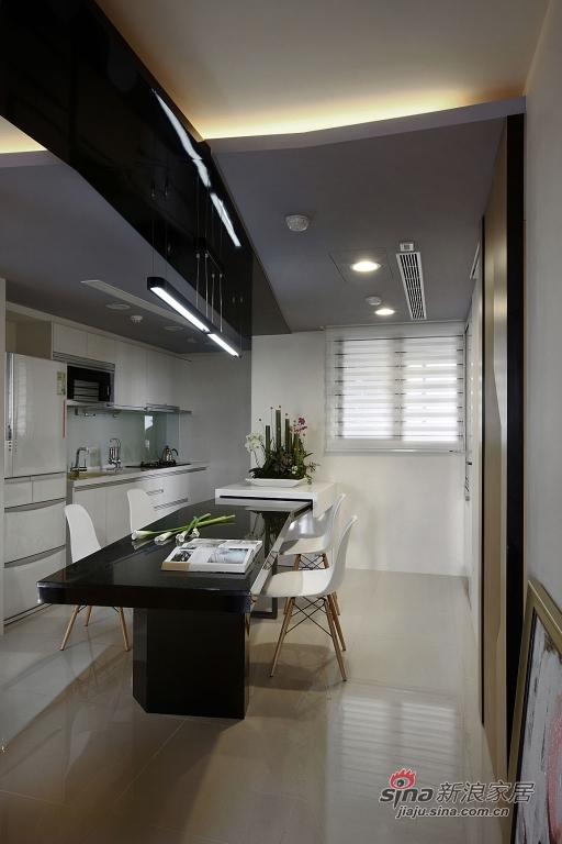 厨房小天地里的餐厅