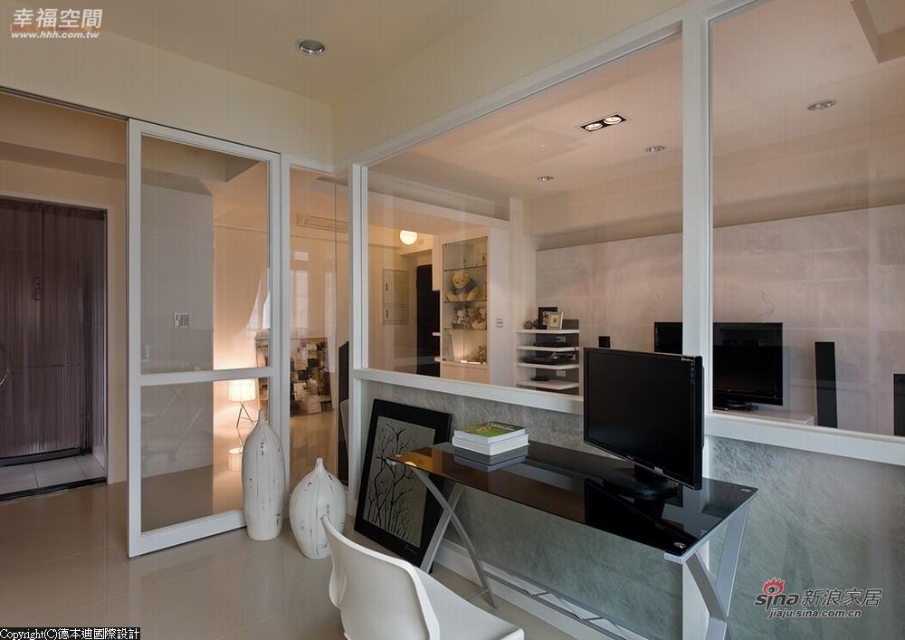 玻璃屋下方以夹纱玻璃取代清玻璃