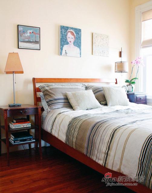 素色简洁大方的卧室