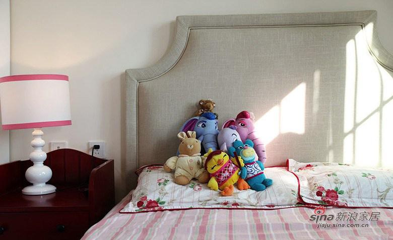 白色儿童床
