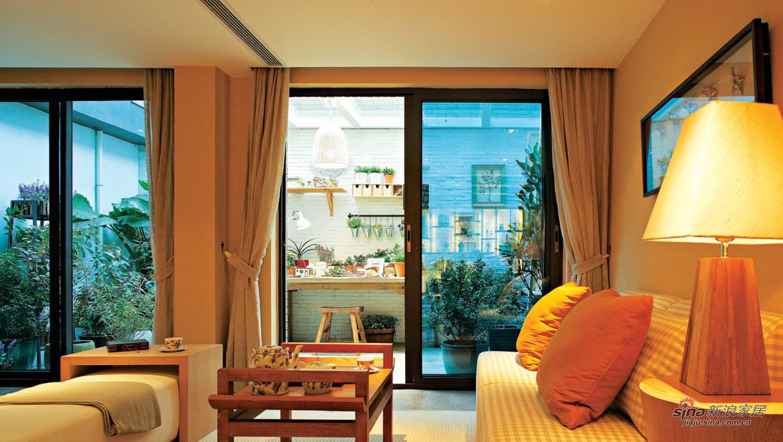橙色小客厅