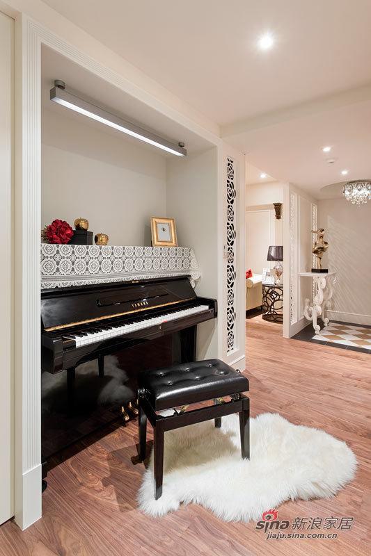 开放式的钢琴房