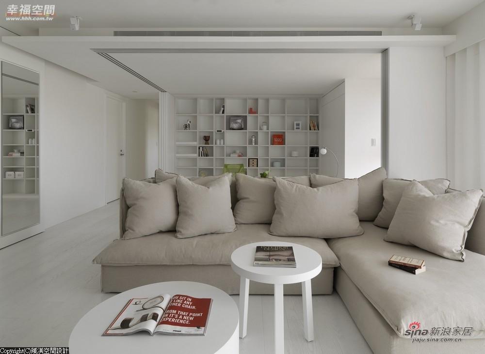 开放规划的书房书墙成为空间视觉主景
