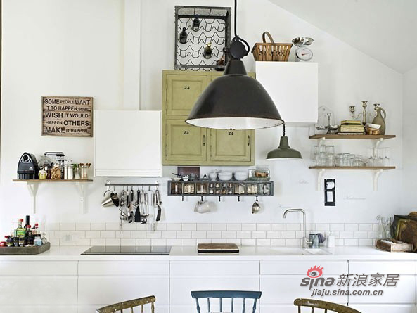 白色为主调的厨房