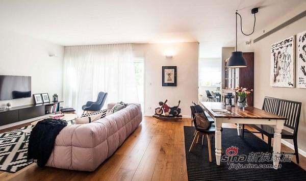 纯色沙发和几何形地毯