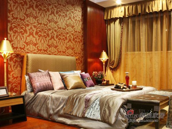 红黄复古花纹的东南亚风情