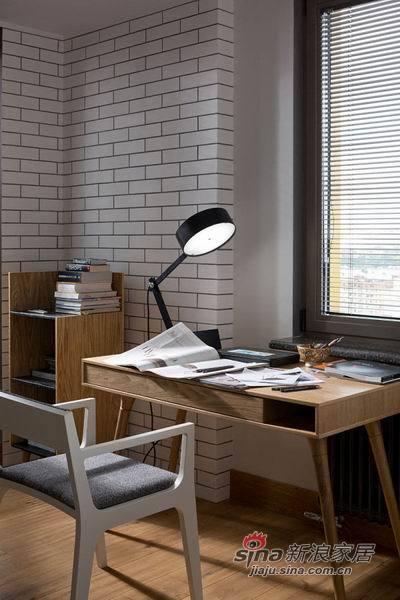 砖模样的墙纸把书房装扮的更加独特