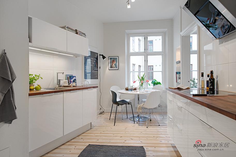 显得很敞亮的厨房