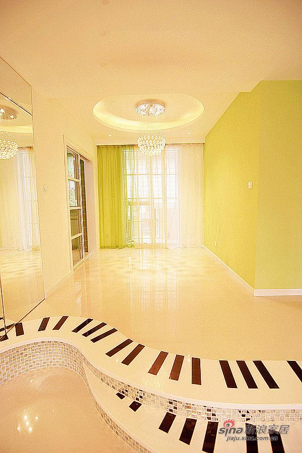 不规则的琴键式楼梯,流线行的美感无与伦比图片 家居秀 新浪装修家高清图片