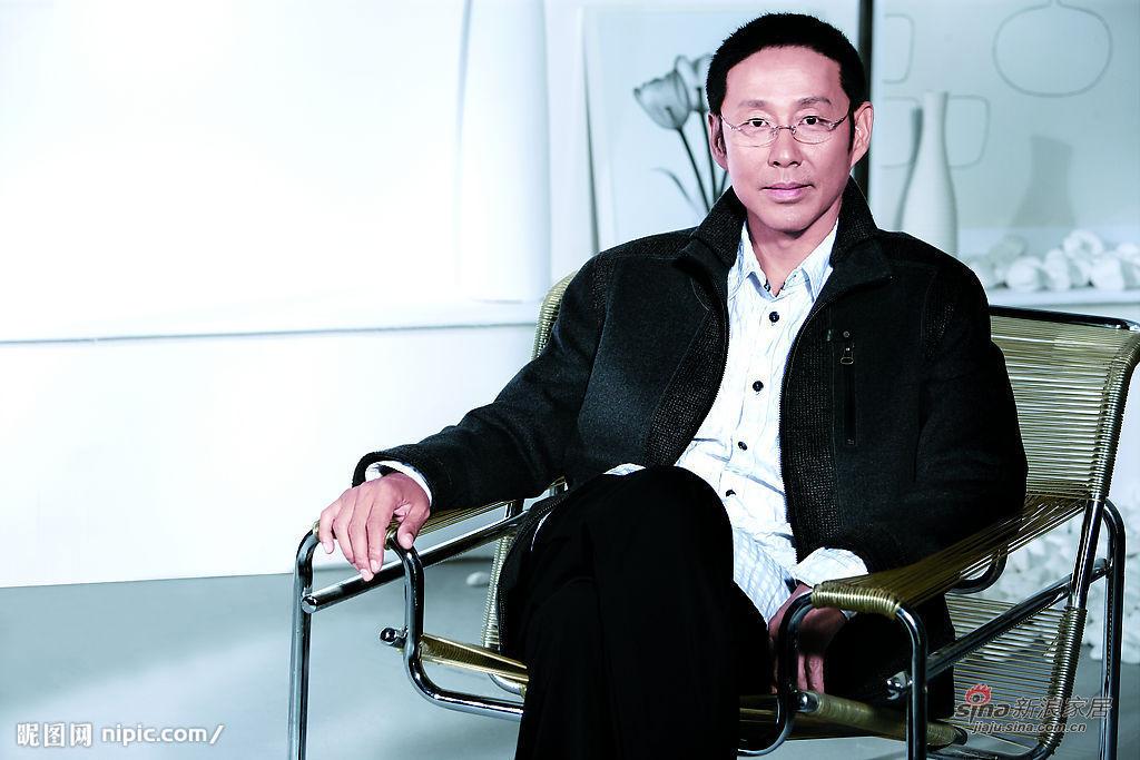 ...陈道明也赶上了这股潮流.据香港媒体报道,陈道明日前首度来...