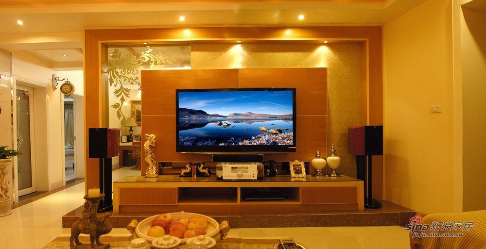 由于客厅与书房的隔墙被拆除,剩下2.3米的墙体做电视背景墙就显得高清图片