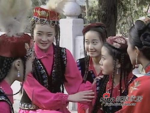王艳在 梅花烙 中扮演舞女