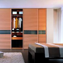 根据卧室空间定制衣柜 实用案例俘获人心