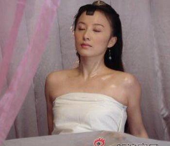 电视连续剧《明德绣庄》,女一号徐路也使用了裸替。