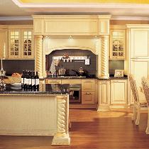 新古典主义橡木整体厨房 雄狮般王者风范