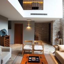现代简约别墅装出自然之感