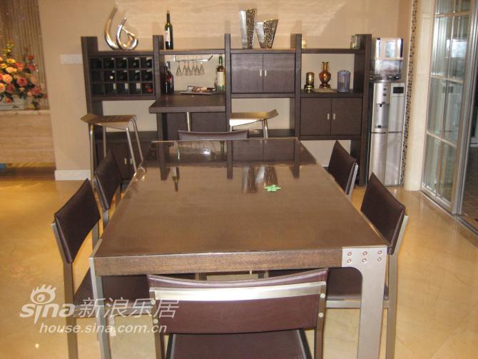 餐桌酒柜图片