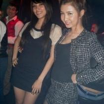 越南美女富二代奢靡夜生活